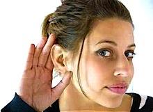 listening_girl