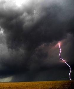 lightning-thunderstorm